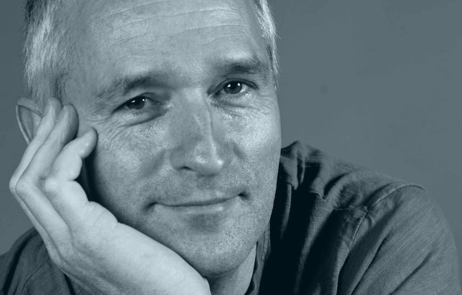 Yoga-Basierte-Traumatherapie | Portrait Dietmar Mitzinger